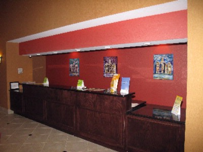 Front Desk 3 of 13