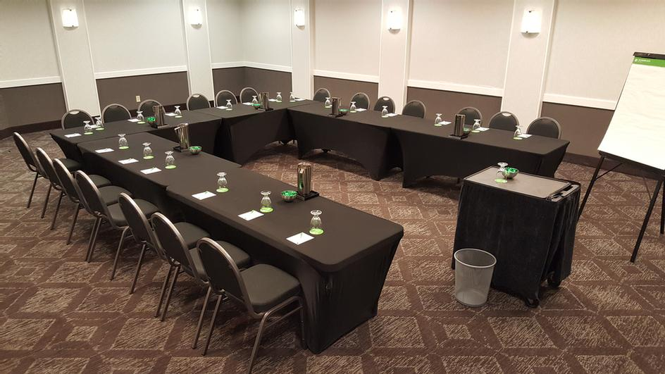 4000 Square Feet Of Flexible Professionally Managed Meeting Space. 5 of 14