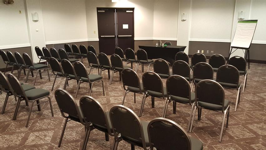 4000 Square Feet Of Flexible Professionally Managed Meeting Space. 6 of 14