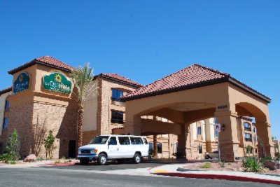 La Quinta Inn & Suites Airport South 1 of 12