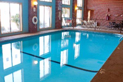 Indoor Swimming Pool 6 of 8