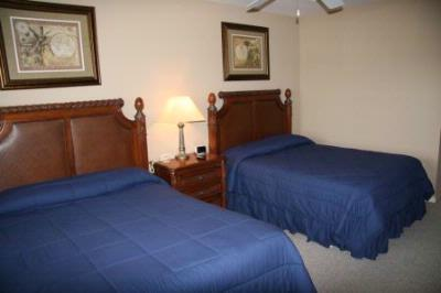 Guest Room Style Accommodations At Hotel Prices 5 of 20