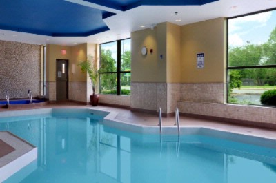 Indoor Swimming Pool 9 of 21