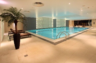 Sparkling 19m Indoor Swimming Pool 8 of 31