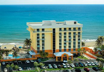 Courtyard by Marriott Hutchinson Island 1 of 9