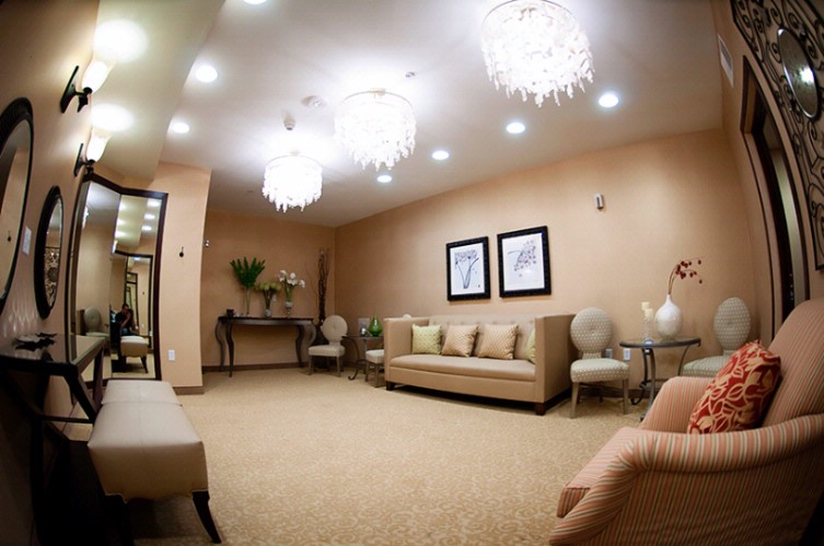 Bridal Suite -Perfect For Getting Ready On Her Special Day 17 of 31