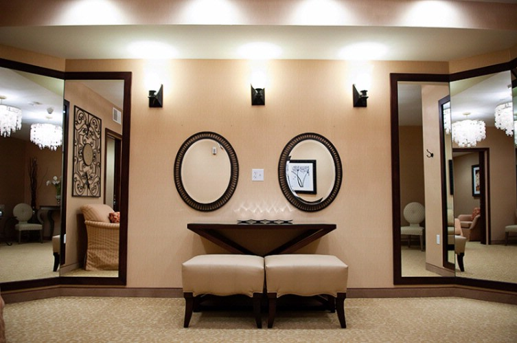 Bridal Suite In Our On Property Conference Center: The Riverwoods 18 of 31