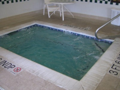 Indoor Jacuzzi 5 of 9