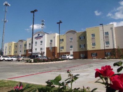 Candlewood Suites League City 4 of 4