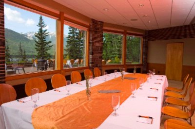 Vermilion Lakes Meeting & Dining Room 4 of 18