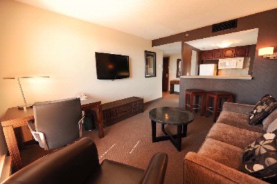 Bostonian Executive Suites 1 of 8