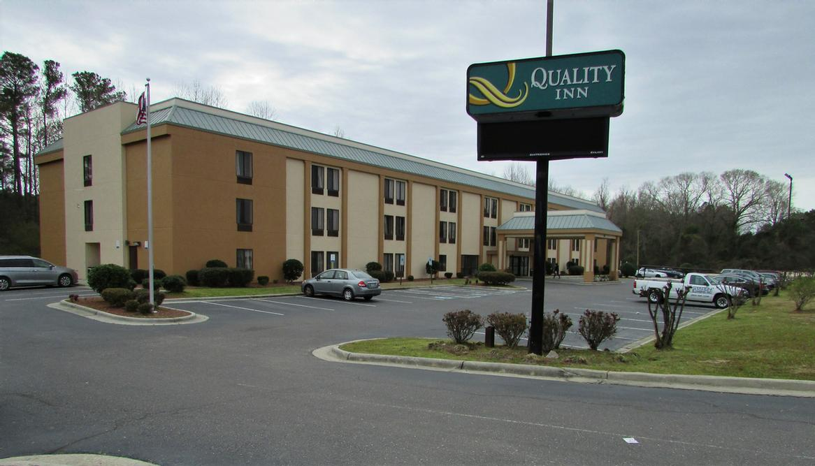 Quality Inn 1 of 15