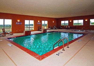 Indoor Pool & Spa 3 of 11