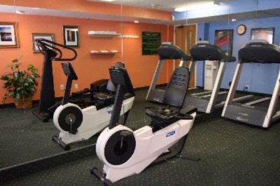 We Have A Onsite Fitness Center And Access To A Full Service Gym Nearby Ask Desk For Details. 6 of 9