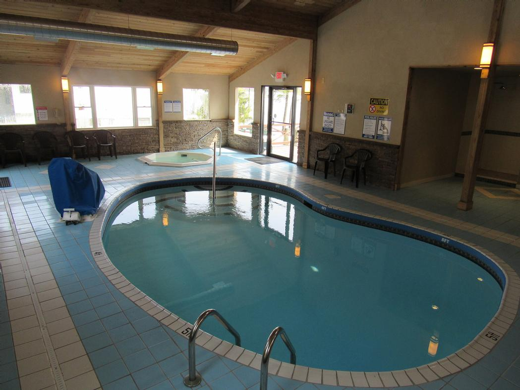 Indoor Pool 3 of 6