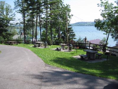Bbq Area Overlooking The Lake 4 of 6