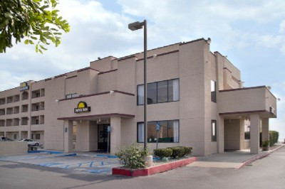 Image of Days Inn San Bernardino / University Parkway