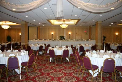 Banquet Facility 8 of 11