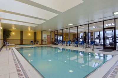 Hilton Anchorage Indoor Pool 10 of 14