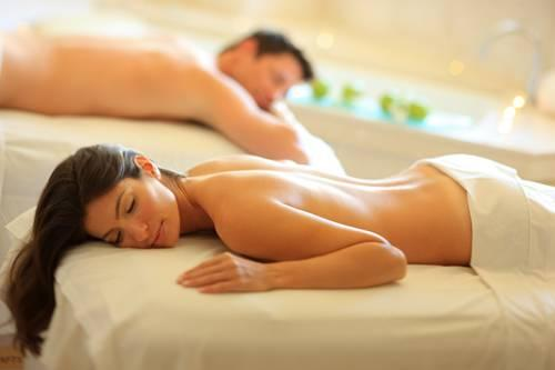Couples Massage 18 of 31