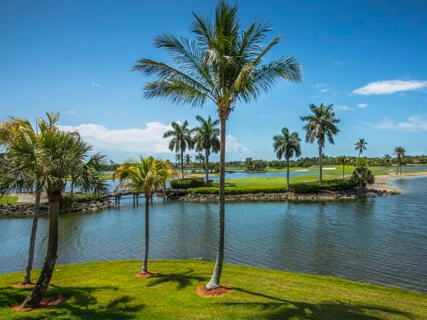 Signature Hole #5 Flamingo Gc. 16 of 20