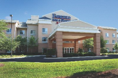 Fairfield Inn & Suites Charleston North / Universi 1 of 5