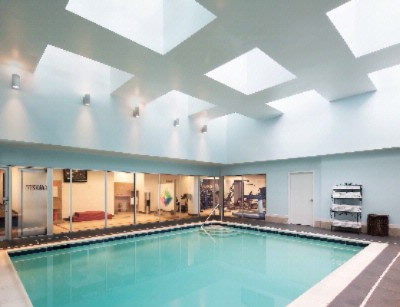 Indoor Pool -Holiday Inn Stamford Downtown Hotel 15 of 16