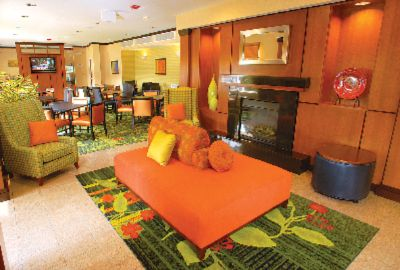 Enjoy Breakfast And Coffee In Our Open Lobby. Newly Remodeled In 2008! 3 of 11