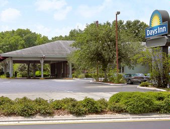 Days Inn Ocala West 1 of 8