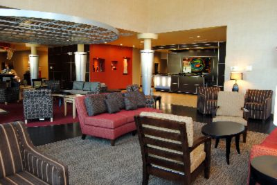 Lobby Area Showing Front Desk 25 of 31