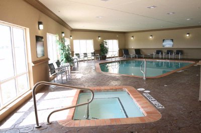 Indoor Pool & Spa 4 of 9
