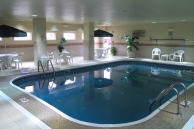 Indoor Pool & Hot Tub 6 of 11