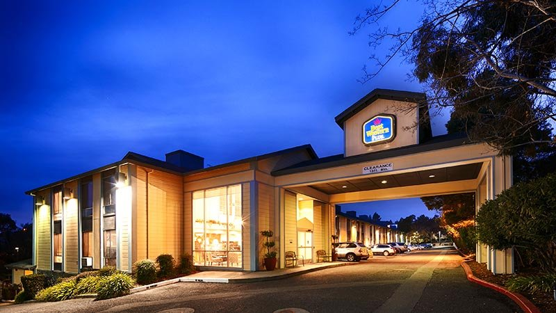 Image of Best Western Plus Heritage Inn