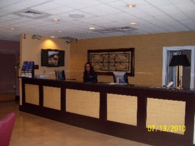 Front Desk 10 of 10