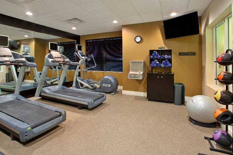 Complimentary Fitness Center 15 of 16