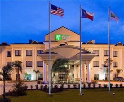 Holiday Inn Express & Suites Houston Alvin