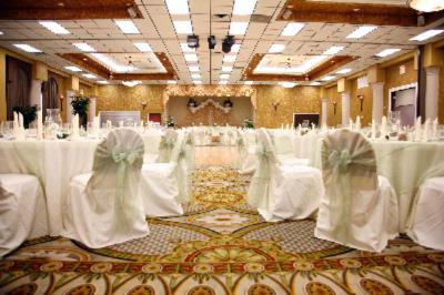 Banquet Hall 4 of 8