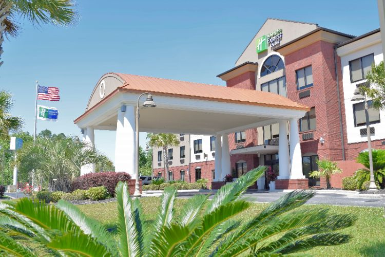 Holiday Inn Express & Suites Pensacola W I 10 1 of 20