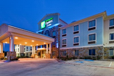 Holiday Inn Express Hotel & Suites Weatherford 1 of 13