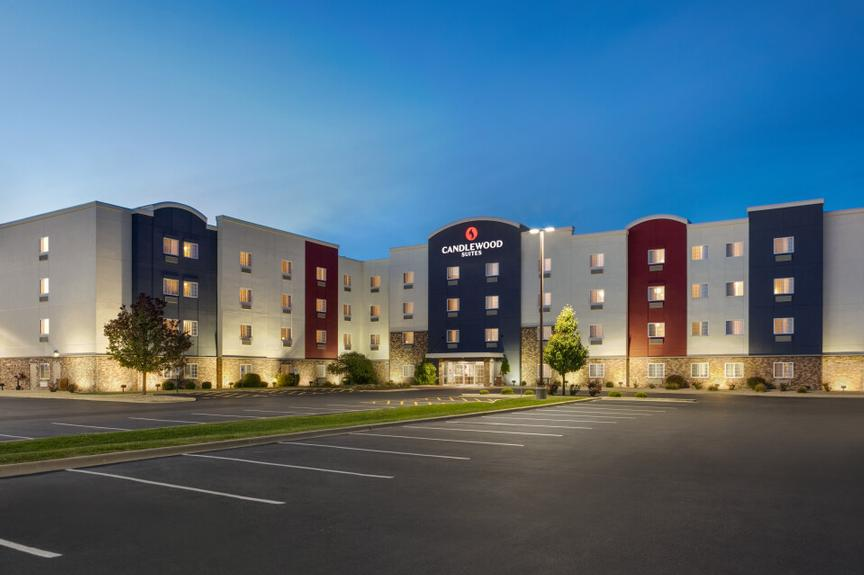 Candlewood Suites Springfield North 1 of 13