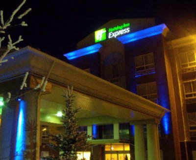 Holiday Inn Express Hotel & Suites Airdrie Calgary 1 of 4