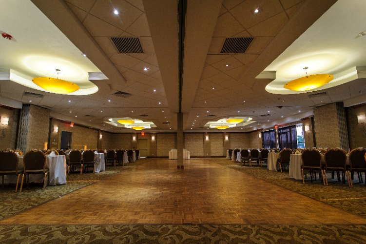 Hampton Ballroom 13 of 27