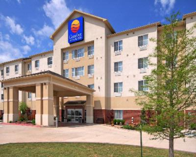 Comfort Inn & Suites Oklahoma City West I 40 1 of 17