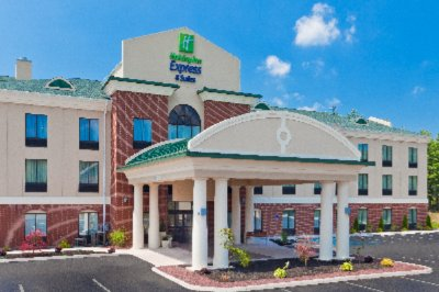 Holiday Inn Express Hotel & Suites White Haven Lak Exterior