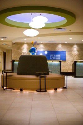 Holiday Inn Express & Suites Fort Worth Downtown 1 of 11