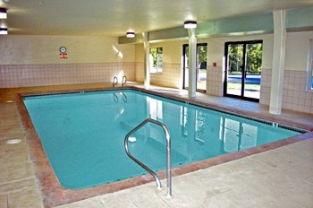 Indoor Heated Pool 6 of 7