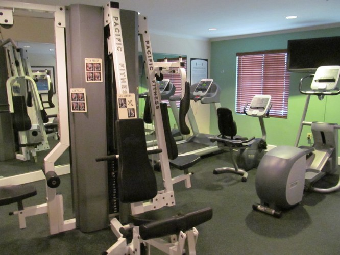 Complimentary Fitness Center 22 of 31