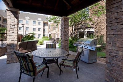 Relaxing Courtyard And Bbq Grill And Gazebo 9 of 31
