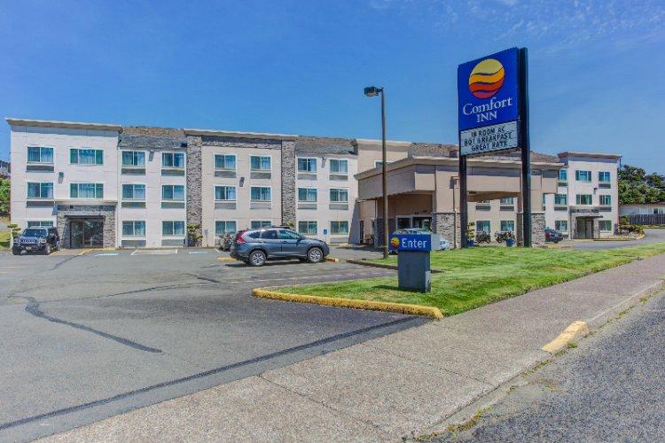 Comfort Inn Newport 1 of 11