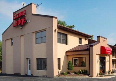 Econo Lodge of Douglassville 1 of 9